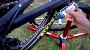 Lubricating a bicycle chain